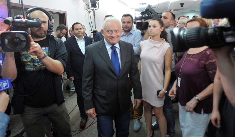 Lider SLD Leszek Miller w sztabie wyborczym SLD-UP /Bartłomiej Zborowski /PAP