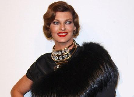 Linda Evangelista - piękna, pewna siebie i spełniona /Getty Images/Flash Press Media