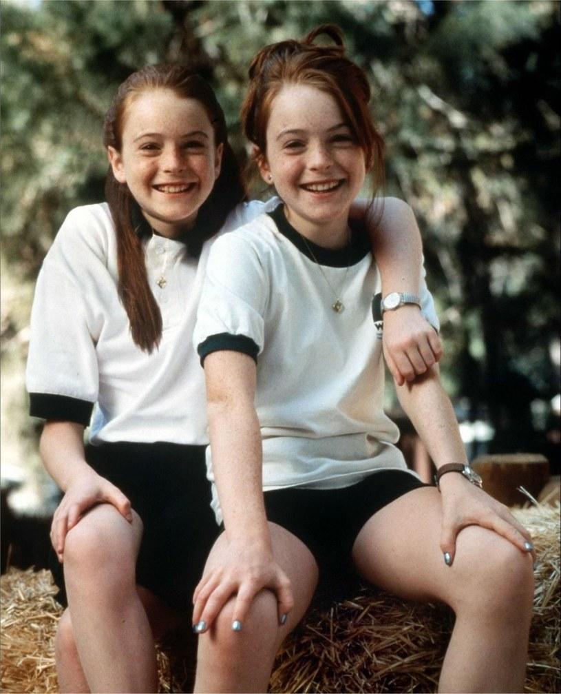 """Lindsay Lohan razy dwa, czyli """"Nie wierzcie bliźniaczkom"""" /materiały prasowe"""