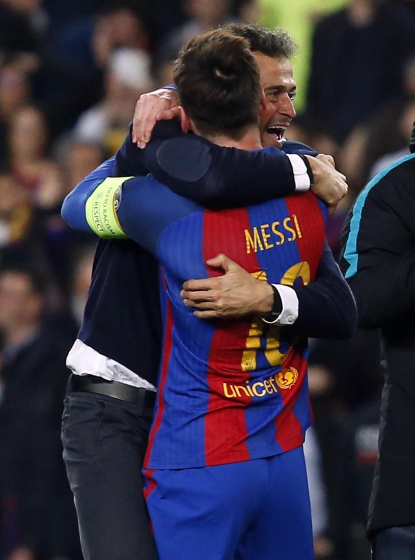 Lionel Messi w objęciach Luisa Enrique /AFP