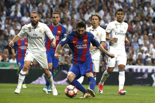 Lionel Messi zapewnił Barcelonie zwycięstwo w El Clasico /KIKO HUESCA /PAP/EPA