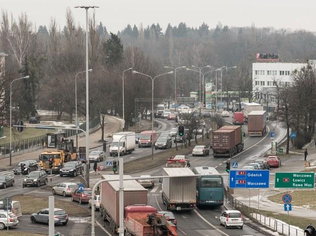 Łódź plasuje się jako miasto drugie w kraju pod względem średniej prędkości poruszania się po nim /Mikołaj Zacharow /Reporter