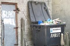 Łódź tonie w śmieciach. Urzędnicy są zadowoleni