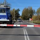 Łódź. Zderzenie pociągu z samochodem. Nie żyje kierowca auta