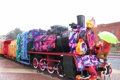 Łódzka lokomotywa na ostatnich przymiarkach niezwykłego stroju