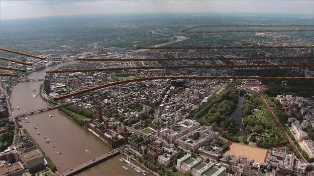 Londyn z lotu  ptaka. Pod każdą  z tych budowli wije się plątanina przejść, setki kanałów i piwnic. /Mat. Prasowe