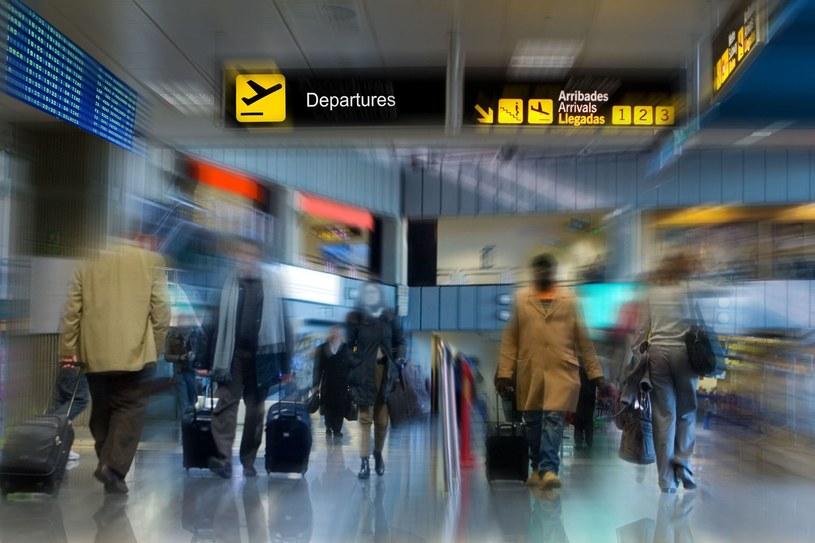 Lot z Hurghady opóźniony jest już o 16 godzin /123RF/PICSEL