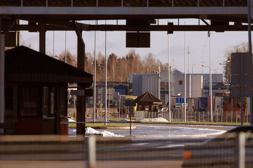 Łotwa uszczelni granicę z Rosją /AFP