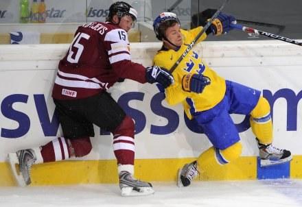 Łotysze po raz pierwszy w historii pokonali Szwedów /AFP