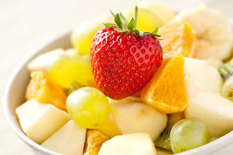 Lubisz sałatki owocowe? Ta dieta jest dla ciebie! /©123RF/PICSEL