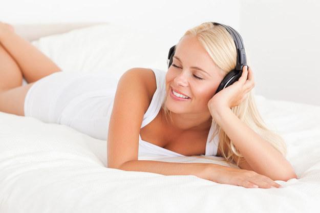 Lubisz słuchać muzyki? Znajdź codziennie choć pół godziny tylko