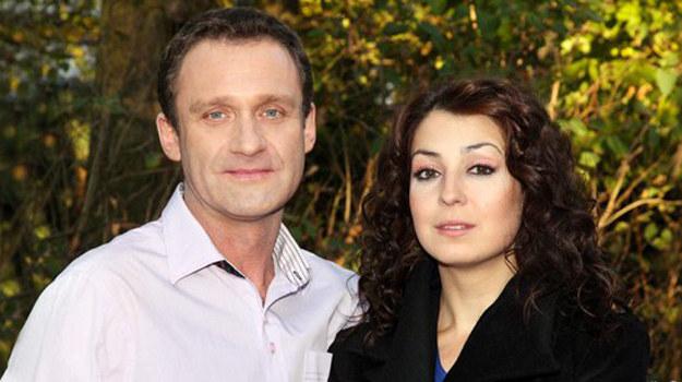 - Ludmiła złoży pozew, wszystko będzie wskazywało, że to małżeństwo nie przetrwa, ale w ostatniej chwili pojawi się promyk nadziei - zdradza aktor. /www.barwyszczescia.tvp.pl/