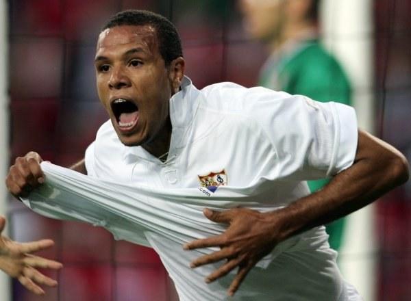 Luis Fabiano strzelił pierwszego gola w finale /AFP