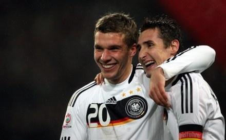 Lukas Podolski i Miroslav Klose - gwiazdy reprezentacji Niemiec /AFP