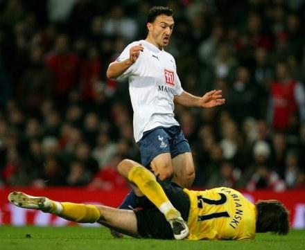 Łukasz Fabiański robił co mógł, ale nie uchronił Arsenalu przed porażką. /AFP
