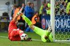 Łukasz Fabiański z interwencją sezonu? UEFA nominowała Polaka