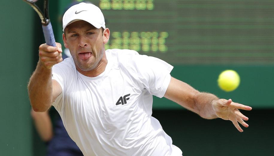 Łukasz Kubot podczas Wimbledonu w 2014 roku /VALDRIN XHEMAJ    /PAP/EPA