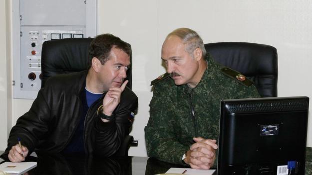 Łukaszenka chce mieć pełną kontrolę nad internetem na Białorusi /AFP