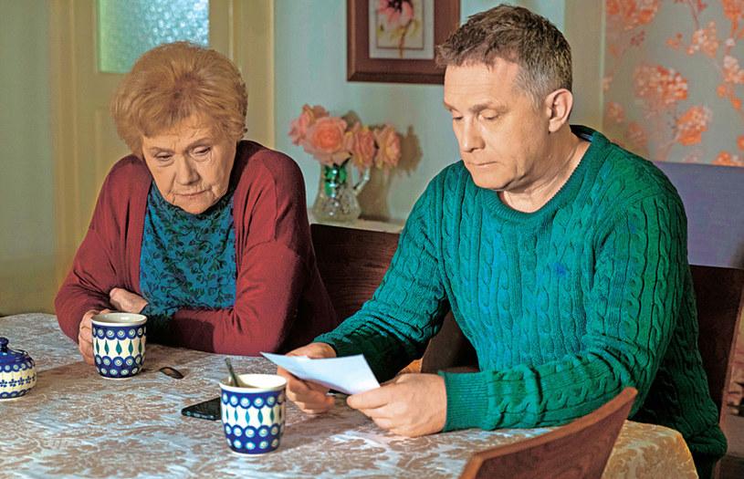 """""""M jak miłość"""": Artur wyzna byłej teściowej, że musi poinformować bliskich o jej chorobie /Świat Seriali"""