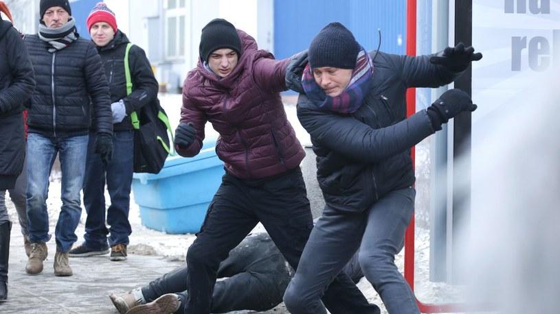 """""""M jak miłość"""": Tomek zostanie zaatakowany /www.mjakmilosc.tvp.pl/"""