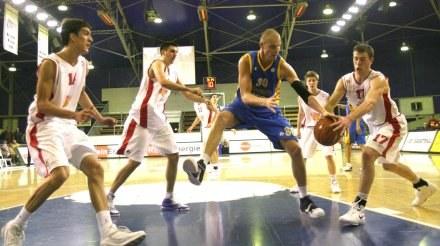 Maciej Lampe (niebieski strój)/fot. Marek Biczyk /Agencja Przegląd Sportowy