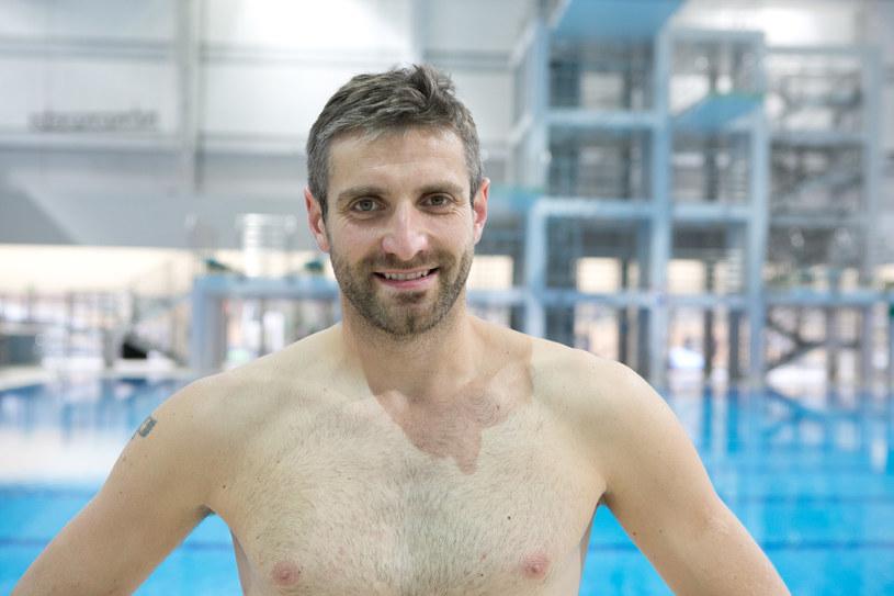 """Macieja Dowbora bez koszulki mogli oglądać widzowie programu """"Celebrity Splash"""" /AKPA"""