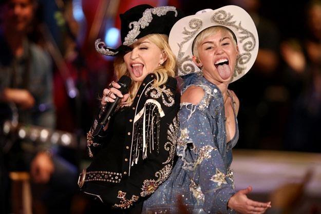 Madonna i Miley Cyrus znalazły wspólny język (fot. Christopher Polk) /Getty Images/Flash Press Media
