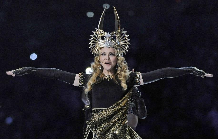 Madonna jest bardzo bogatą kobietą /JOHN G. MABANGLO /PAP/EPA