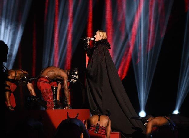 Madonna z peleryną przed upadkiem - fot. Gareth Cattermole /Getty Images