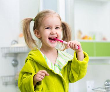 Mądra higiena jamy ustnej u dzieci
