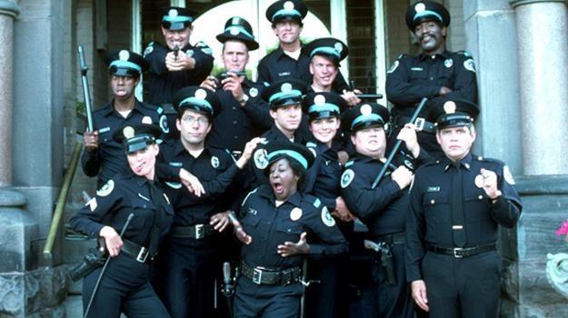 """Mahoney, Callahan, Jones... Bohaterowie """"Akademiii Policyjnej"""" na długo zapisali się nam w pamięci /materiały prasowe"""