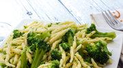 Makaron z brokułem i domowym pesto