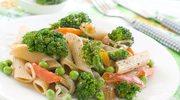 Makaron z groszkiem i brokułami