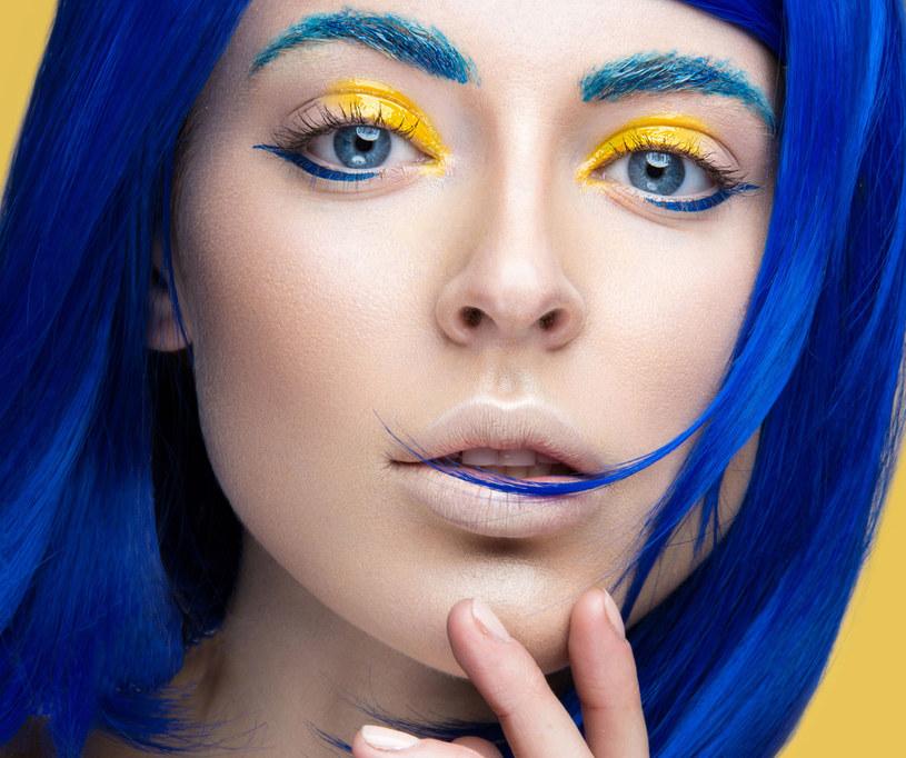 Makijaż artystyczny wykonuj pod okiem profesjonalisty /Picsel /123RF/PICSEL
