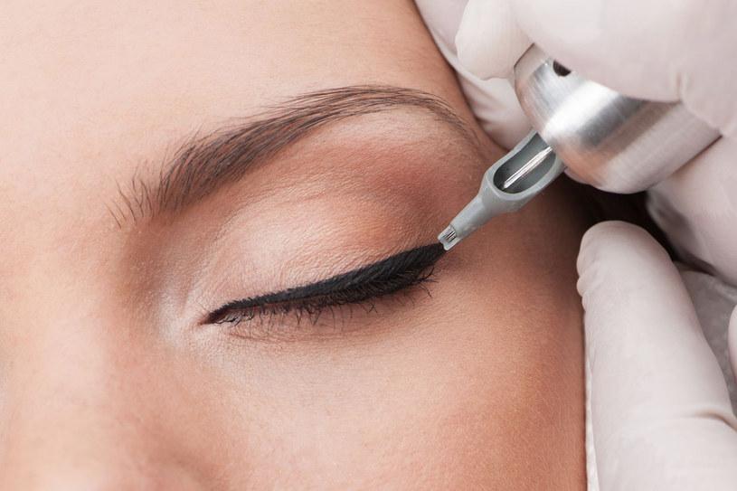 Makijaż permanetny musi być wykonany przez doświadczonego specjalistę /123RF/PICSEL