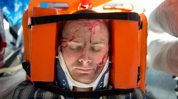 Maks przeżył już poważny wypadek na stacji benzynowej. Czy uda mu się uniknąć śmierci po raz drugi? /x-news/ Piotr Litwic /TVN