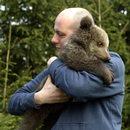 Mała niedźwiedzica zamieszka w zoo