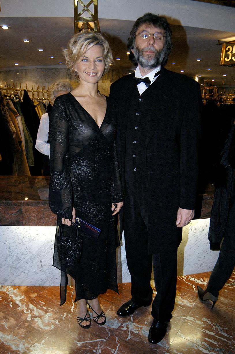 Małgorzata Foremniak i Waldemar Dziki na rozdaniu Telekamer Tele Tygodnia w 2004 roku /AKPA
