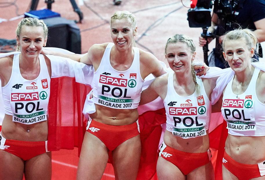 Małgorzata Hołub, Iga Baumgart, Adrianna Janowicz, Justyna Święty / PAP/Adam Warżawa /PAP