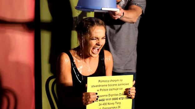 Małgorzata Socha podczas Ice Bucket Challenge /Facebook /internet