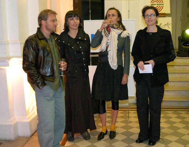 Małgorzata z córkami /- /AKPA