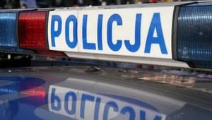 Małopolska: Samochód wjechał w sklep. Nie żyje kierowca