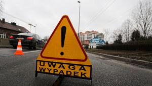 Małopolskie: Wypadek busa. 5 osób rannych