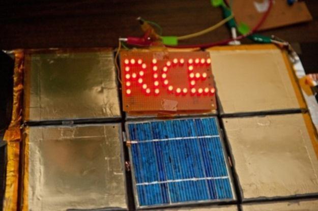 Malowane baterie w akcji - przez 6 godzin zasilały LED-owe diody /materiały prasowe