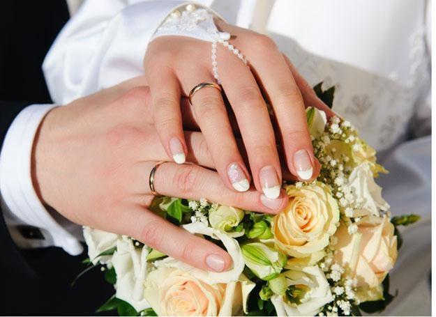 Małżeństwa w dobie kryzysu się cementują /© Panthermedia