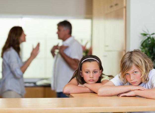 Mama występująca o podwyższenie alimentów nie ponosi żadnych kosztów /123RF/PICSEL