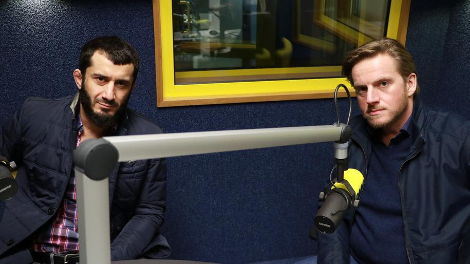 Mamed Chalidow i Szczepan Twardoch w studiu RMF FM /Michał Dukaczewski /RMF FM