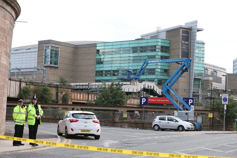 Manchester Arena kilka godzin po ataku /PAP/EPA