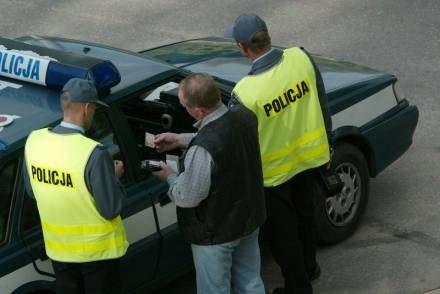 Mandat nie tylko za szybką jazdę, ale i za brak odblasku? / fot. B. Hrywniak /Agencja SE/East News
