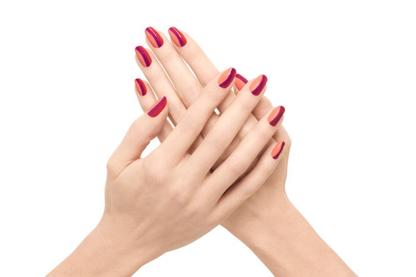Manicure: Tropikalne pasy /materiały prasowe